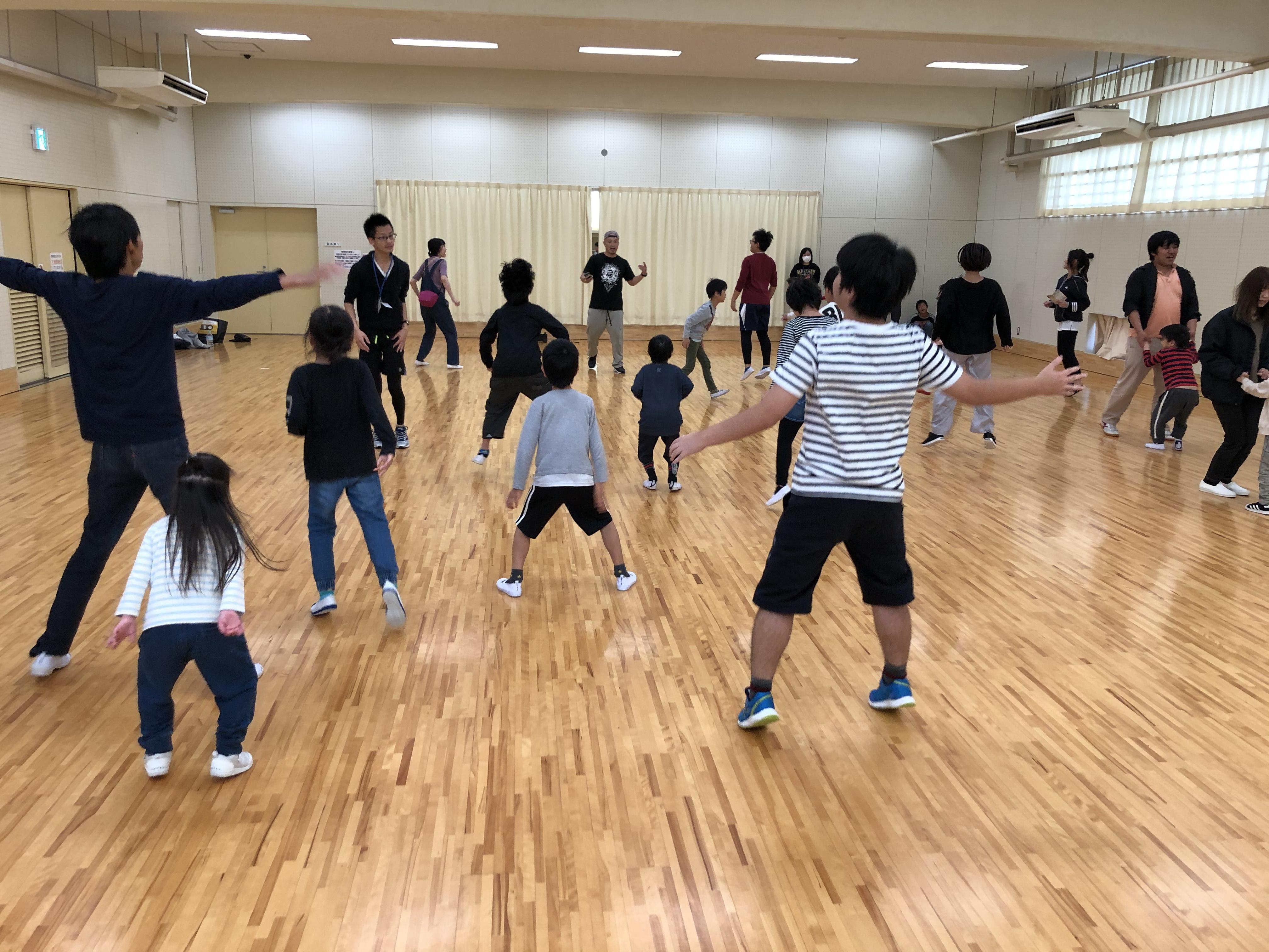 ダンス教室を開催しました!!
