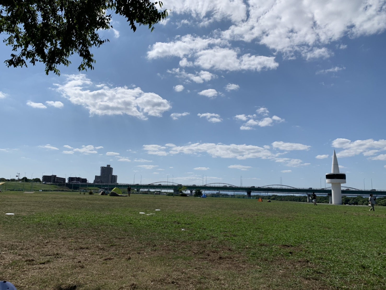 9/21(月) 淀川河川敷で運動しました